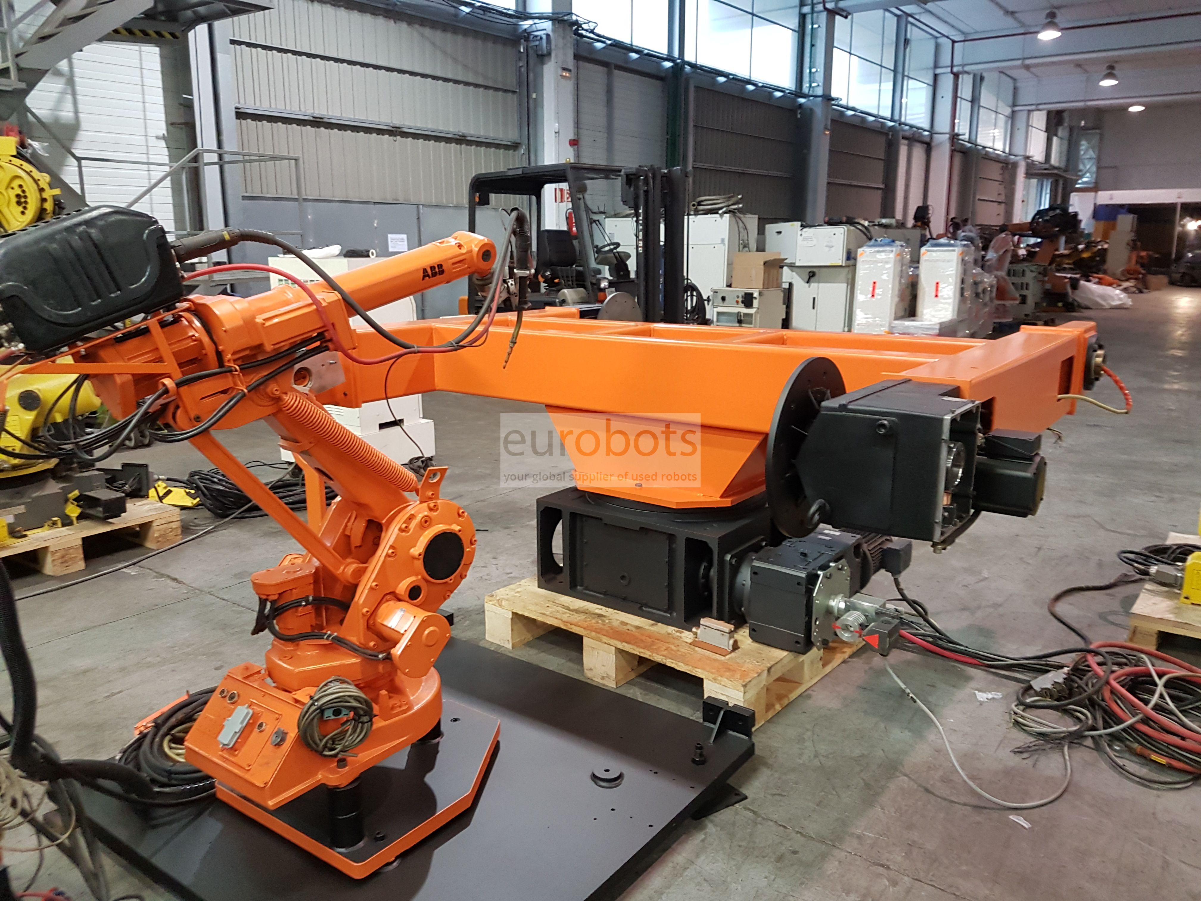 Abb Irb 1400 Arc Welding Cell With Irbp 250r Turning Table