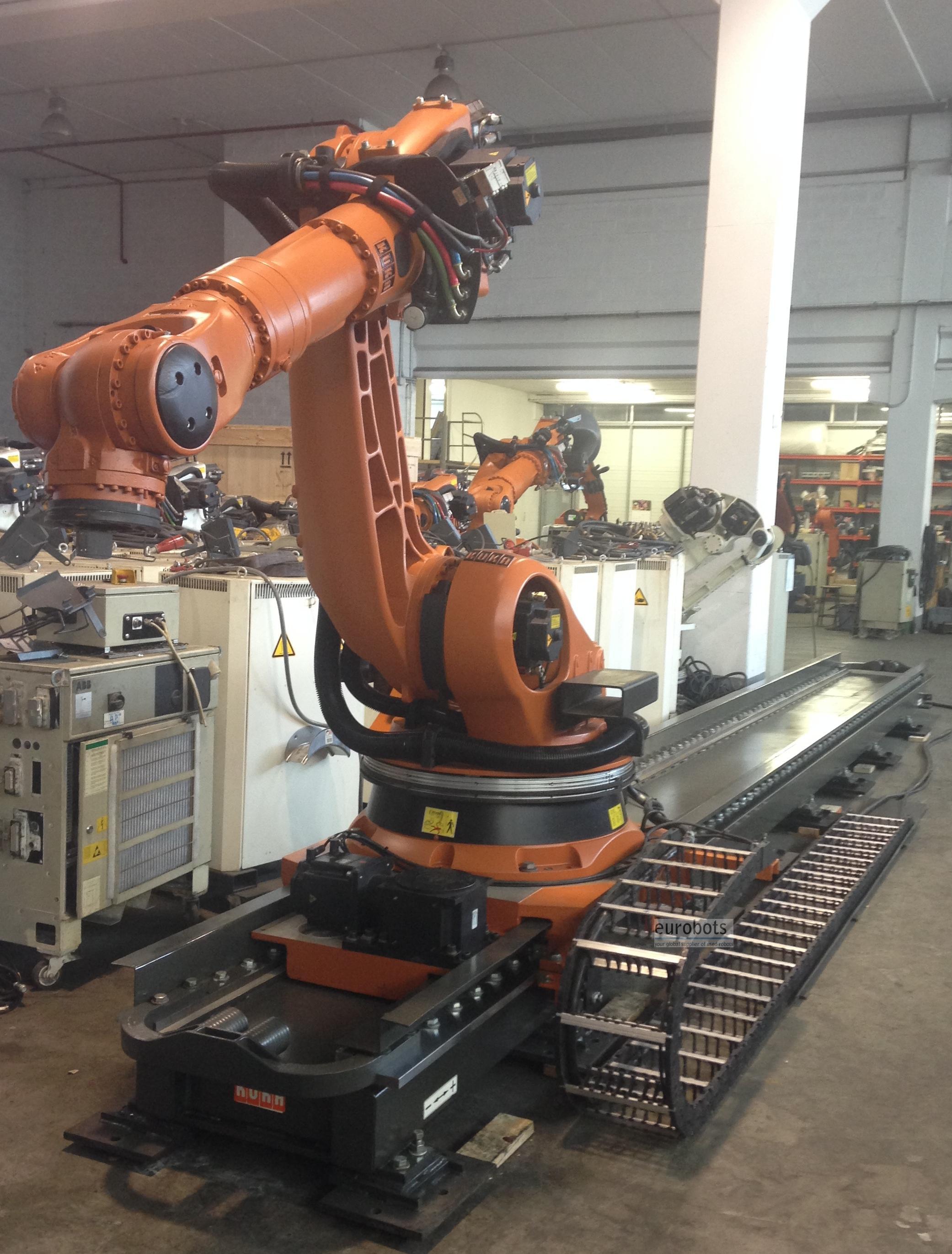 Used Robot Kr 210 On Kl1500 Linear Track Eurobots