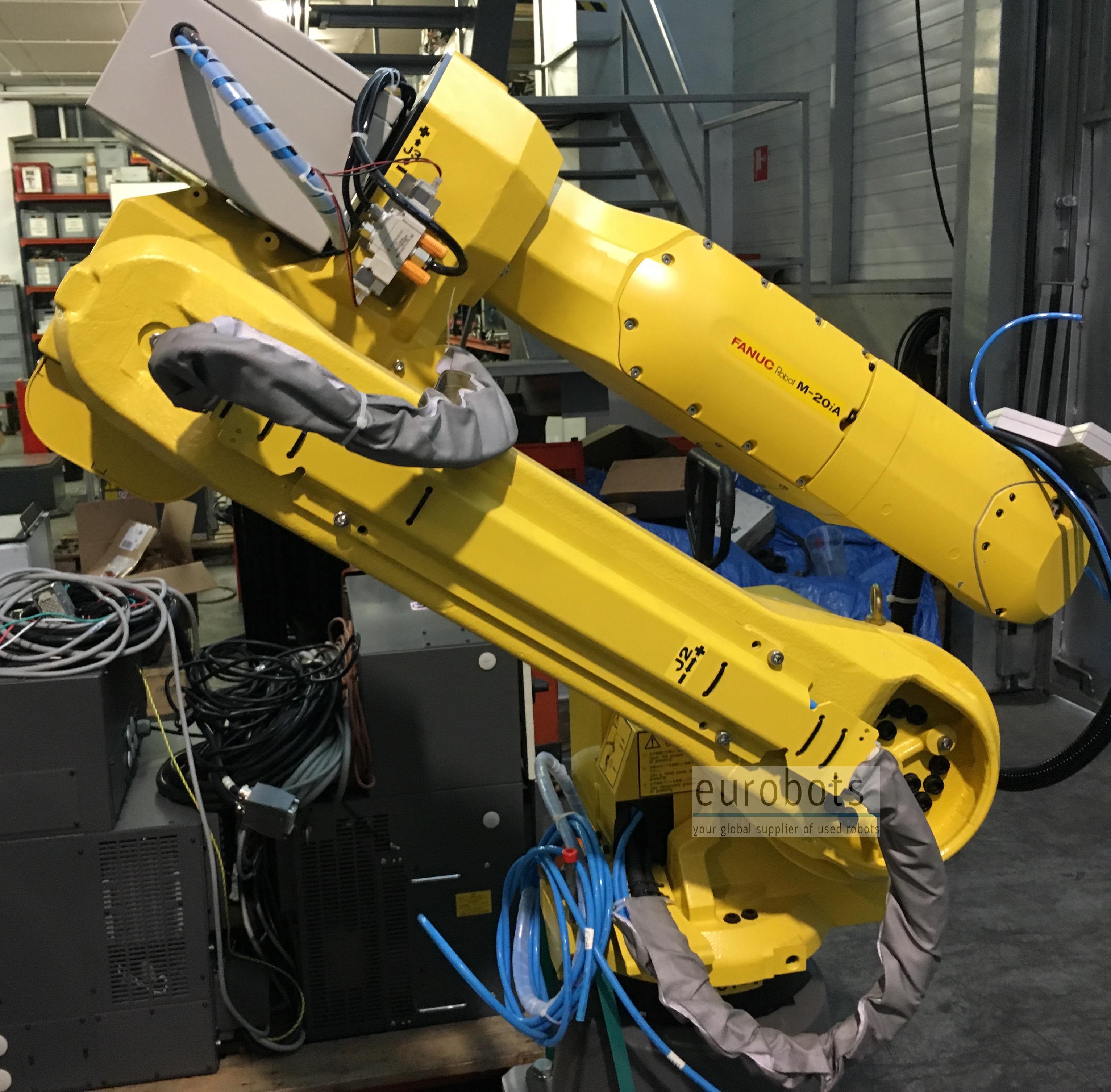 Used robot Fanuc M-20iA | Eurobots