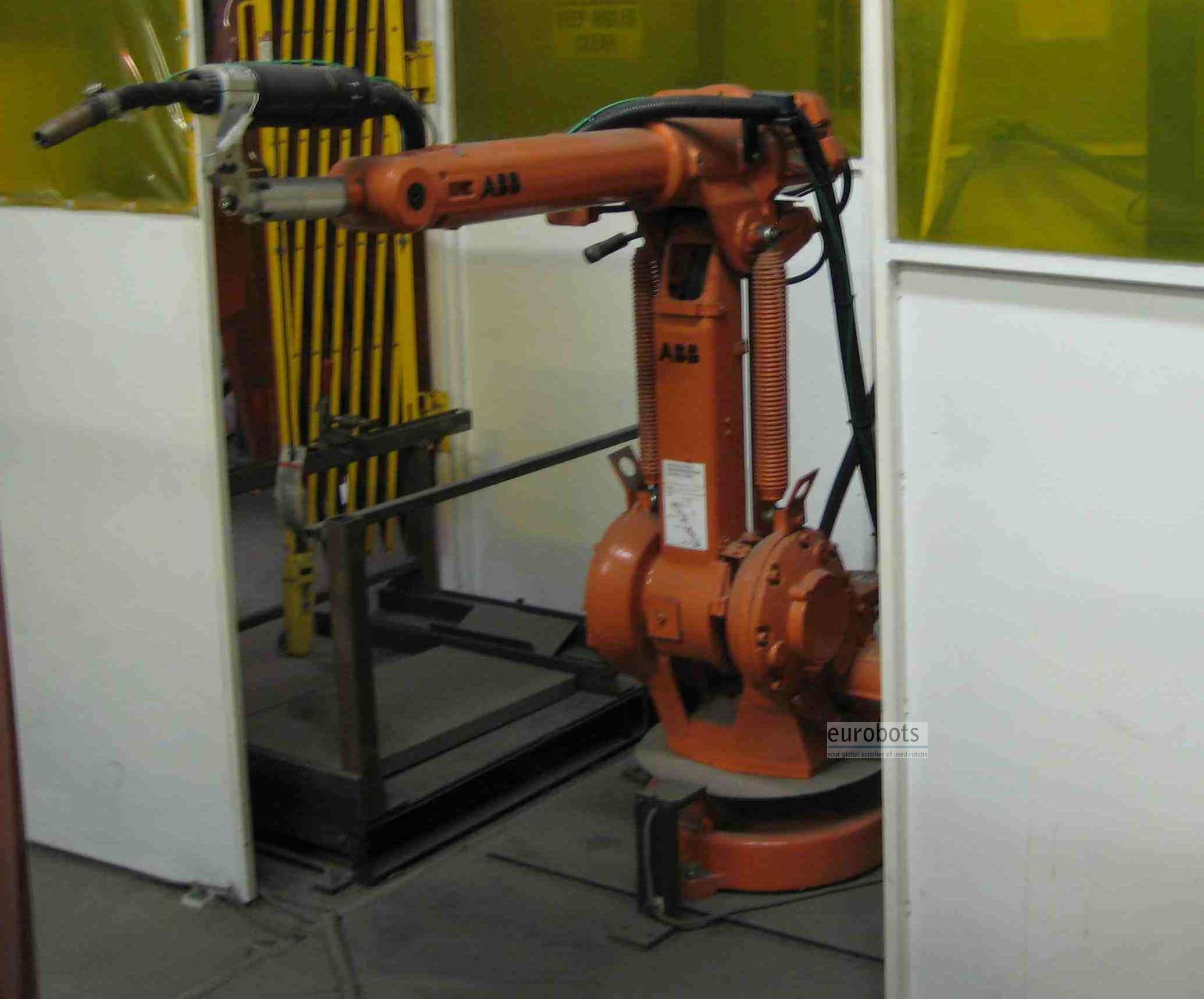 Abb Irb1400m2000 Arc Welding Robot With Irb250 Servocontrolled Positioner And Fronius Tps4000 Power Source Eurobots